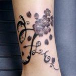 Tatuaj pe tibie